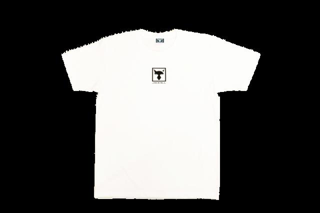 2WHITE-800x533